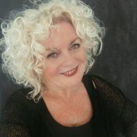 Women on Stage vrouwelijke Spreker Sandra Jacobs